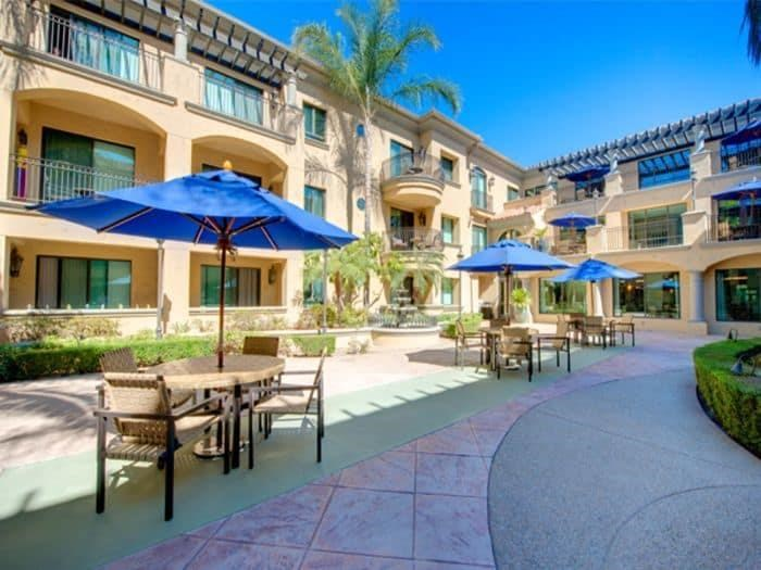 Bright Exterior yards at Pacifica Senior Living Hillsborough