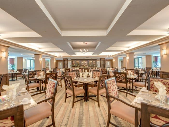 Restaurant Style Dining room at Pacifica Senior Living Hillsborough