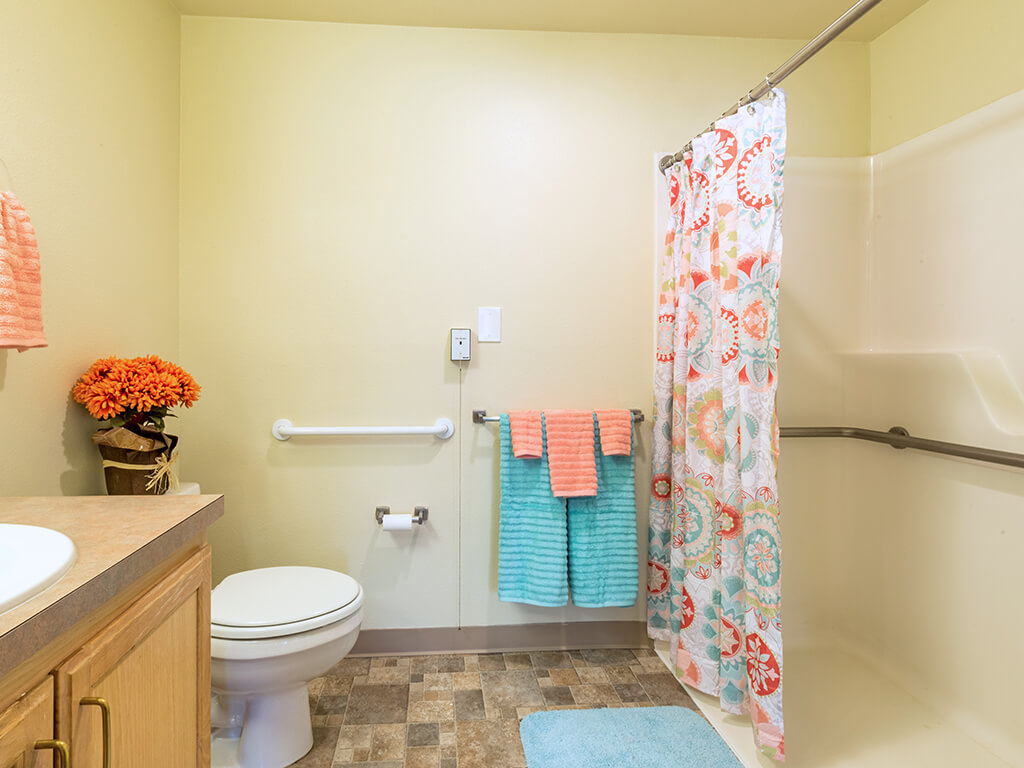 Large Open Bathroom for Easy Access at Pacifica Senior Living Klamath Falls, Klamath Falls, OR
