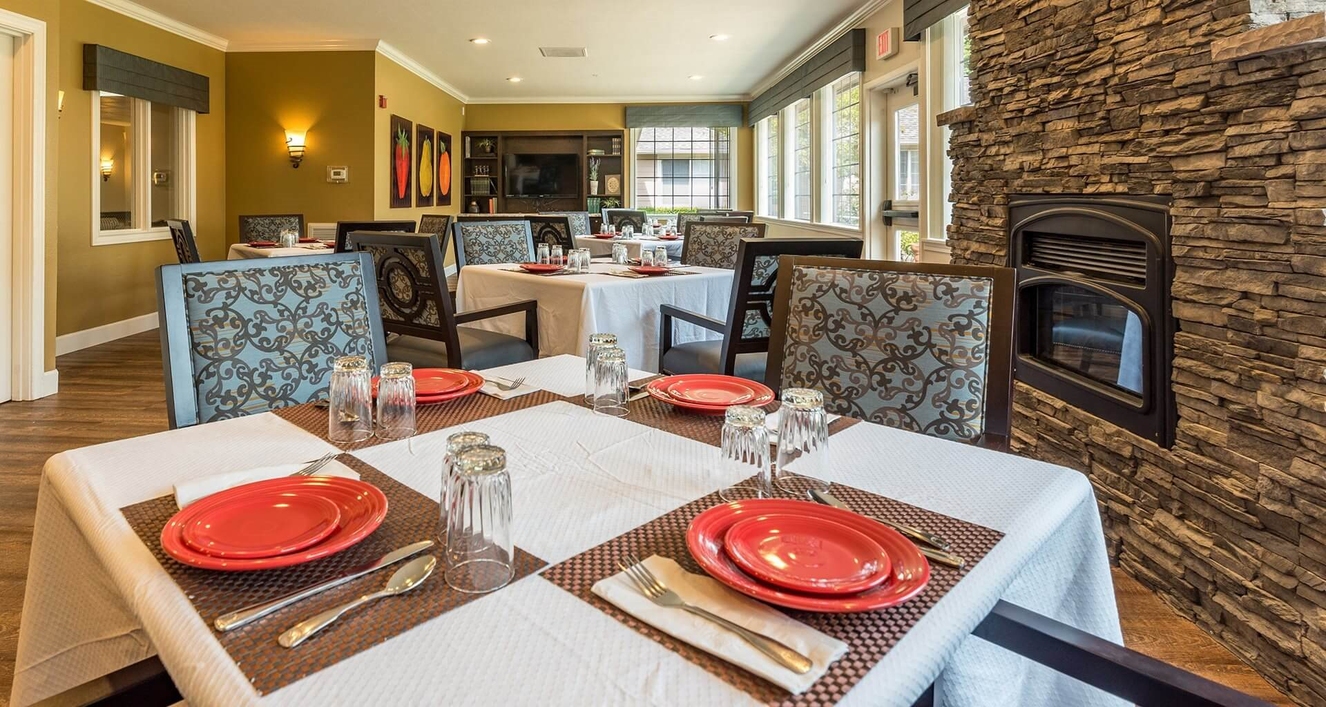 Dining Area for Healthy Meals at Pacifica Senior Living McMinnville, McMinnville, OR