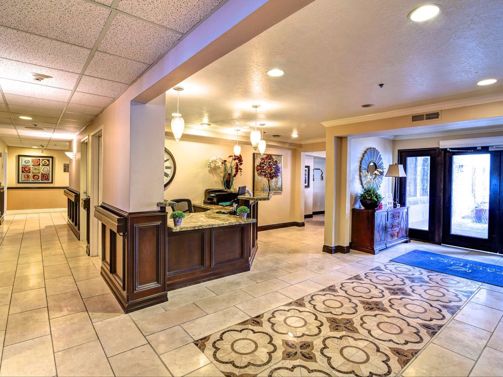 main lobby at Pacifica Senior Living Millcreek