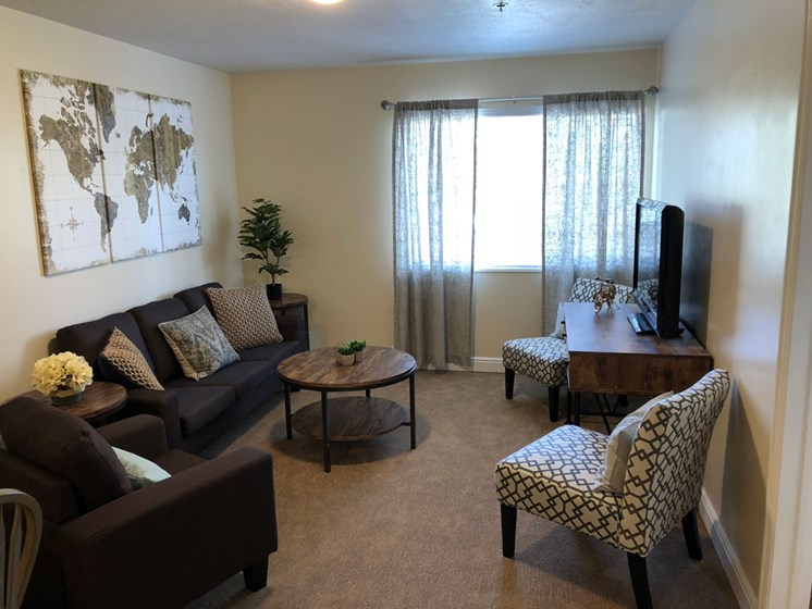Private Living room at Pacifica Senior Living Millcreek