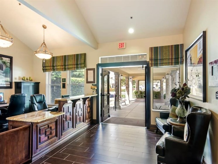 Home Style Foyer at Pacifica Senior Living Modesto, Modesto, California