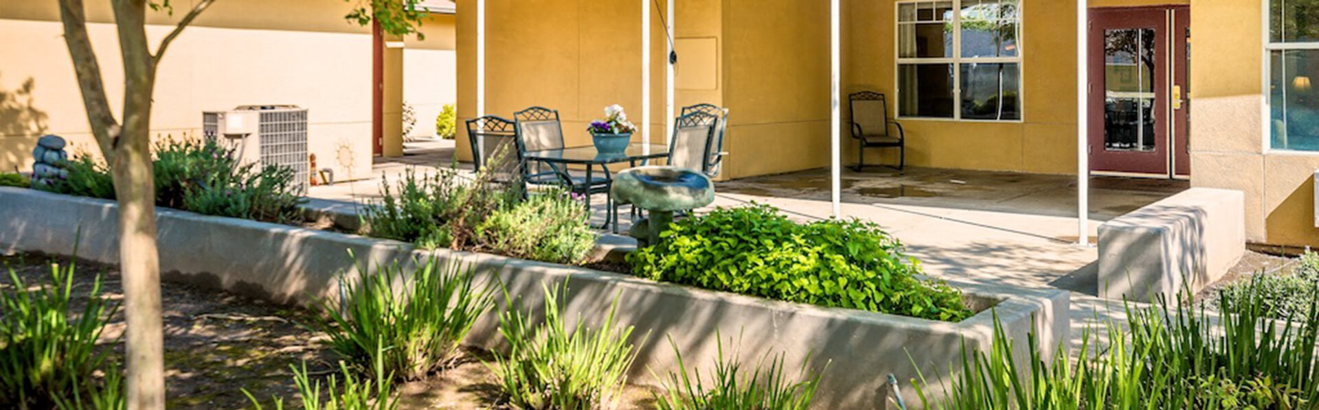 Immaculate landscaping at Pacifica Senior Living Modesto, California, 95355