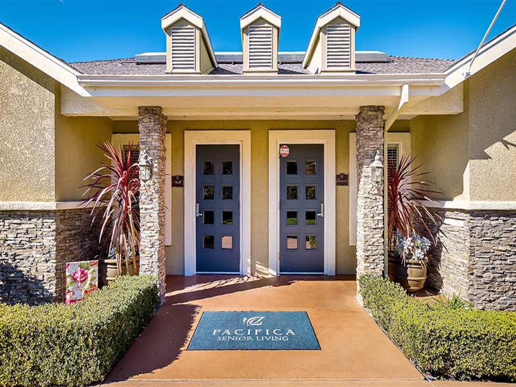 Welcoming Main Entrance to Pacifica Senior Living Newport Mesa