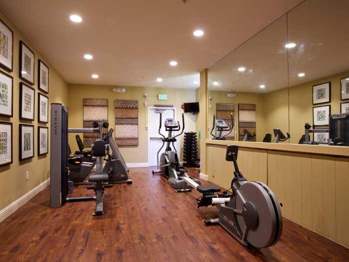 Healthy Living Fitness center at Pacifica Senior Living Oakland Heights