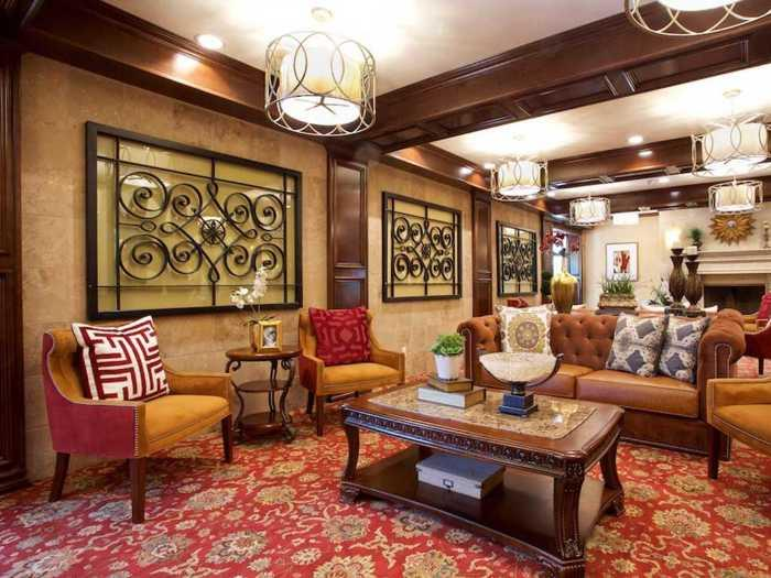 Designer Lounge in Pacifica Senior Living Oakland Heights