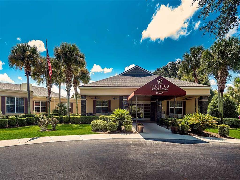 Affordable senior apartments at Pacifica Senior Living Ocala