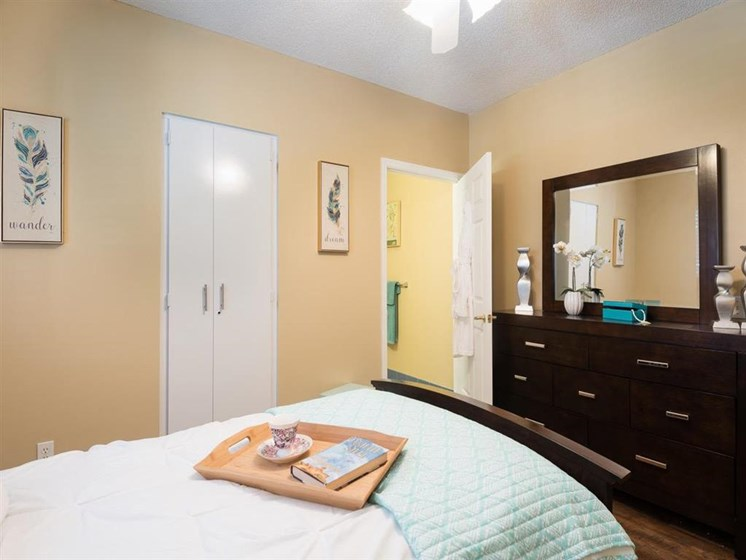 Bedroom and Closet at Pacifica Senior Living Palm Beach
