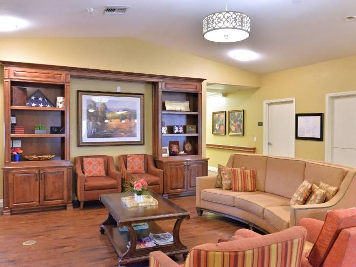 Spacious lounge at Pacifica Senior Living Paradise Valley in Phoenix