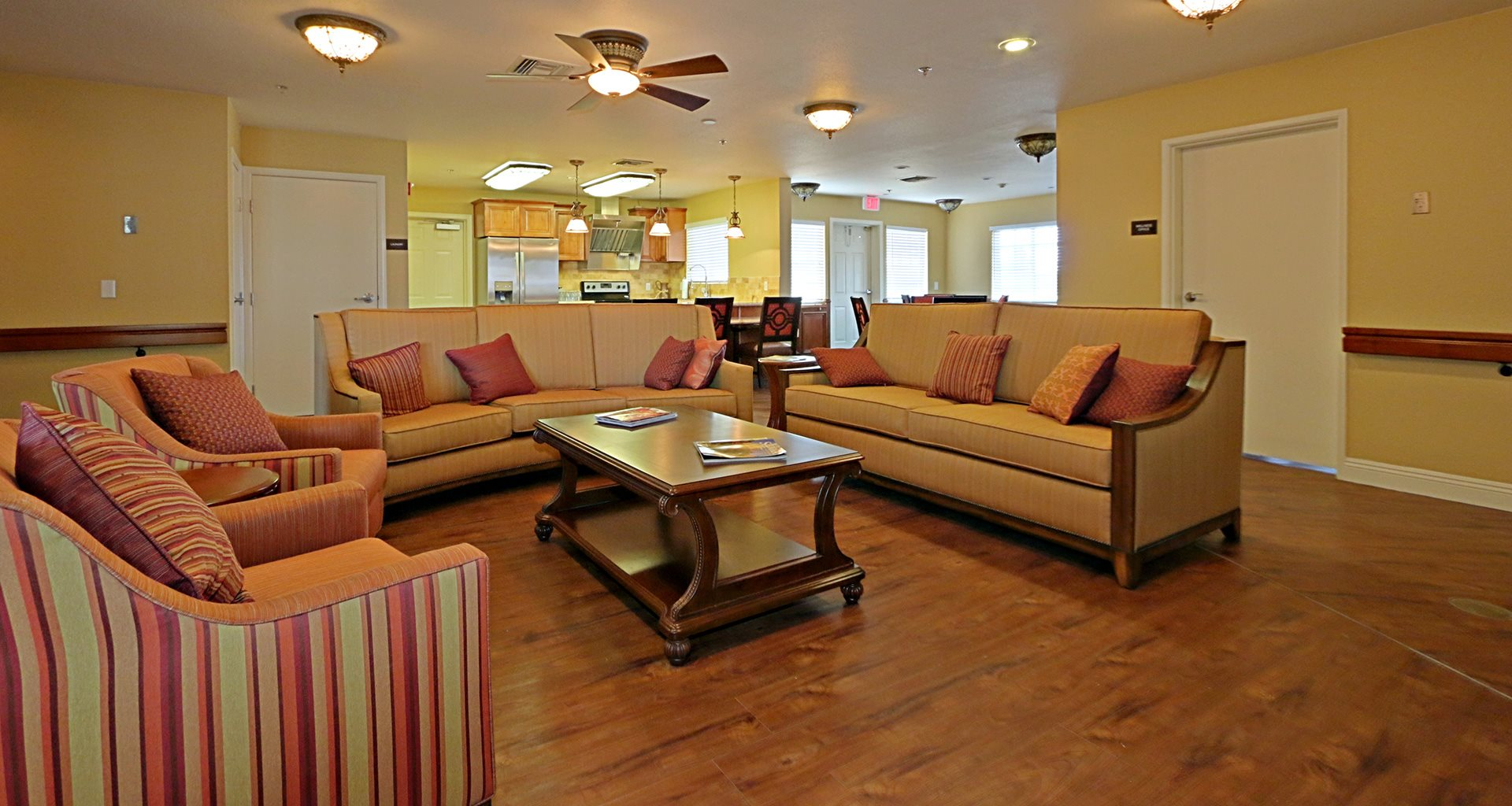 Elegant TV Lounge and Kitchen at Pacifica Senior Living Peoria, Arizona, 85382