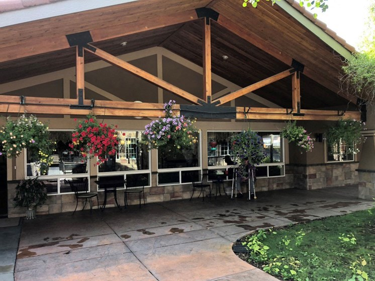 Extra-Ordinary Lifestyle at Pacifica Senior Living Pinehurst, Idaho