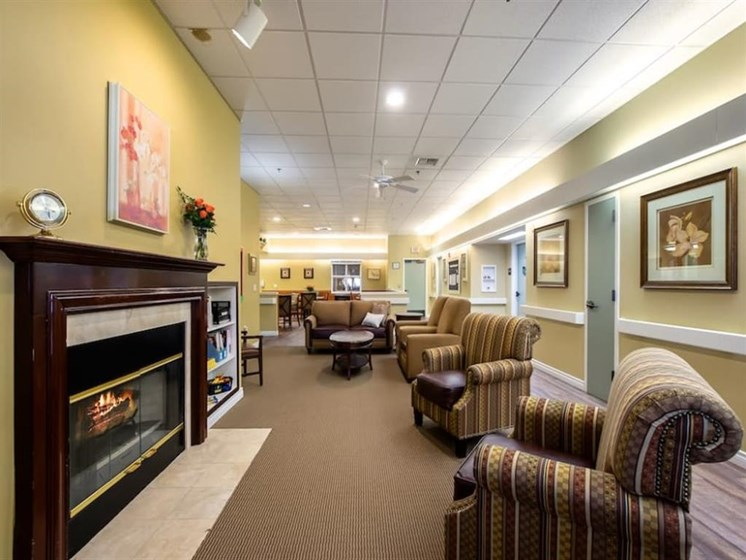 Lounge Area With Fireplace at Pacifica Senior Living Portland, Portland, Oregon