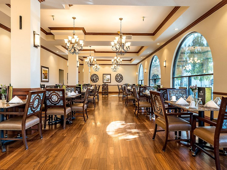 Fine Dining Experience,at Pacifica Senior Living San Leandro, San Leandro
