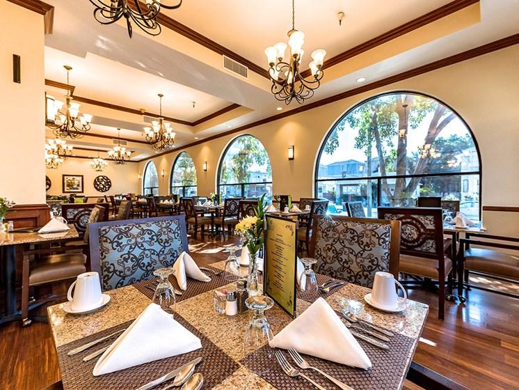 Impressive Dining,at Pacifica Senior Living San Leandro, California
