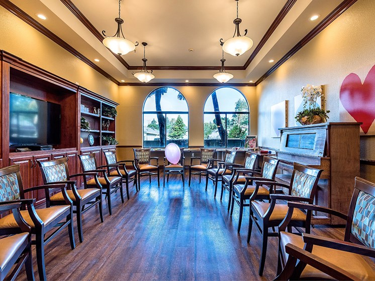Ample sitting in lobby area, at Pacifica Senior Living San Leandro, San Leandro, CA