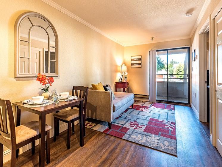 Award-winning senior living at Pacifica Senior Living San Leandro, San Leandro California