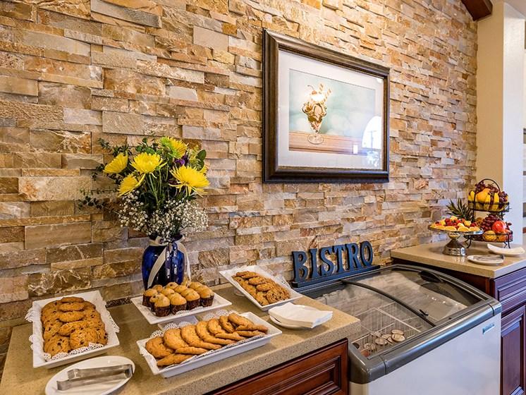 Bistro dining area,at Pacifica Senior Living San Leandro, California