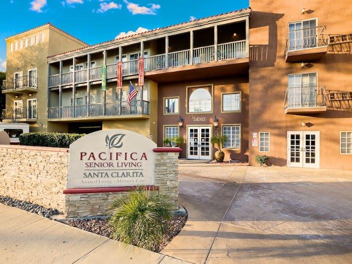 Welcome to Pacifica Senior Living Santa Clarita in Newhall, CA