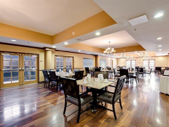 Home-style Meals in dining area at Pacifica Senior Living Santa Clarita in Newhall, CA