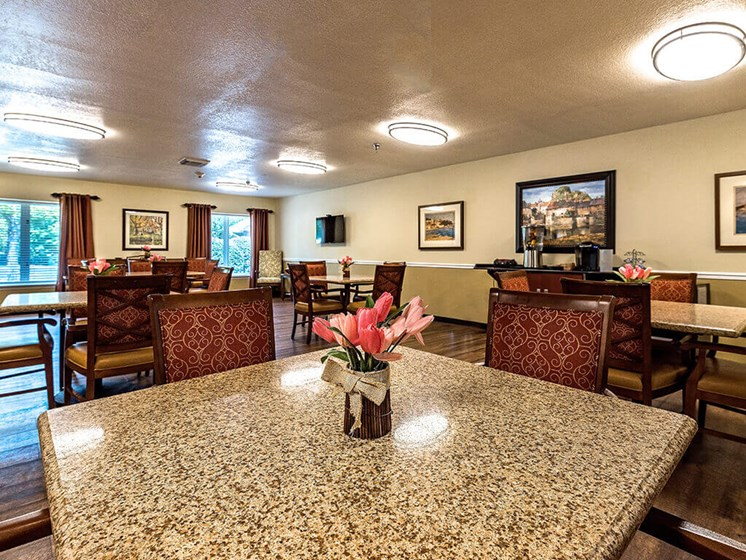 Ample Sitting Area at Pacifica Senior Living Skylyn, Spartanburg, 29307