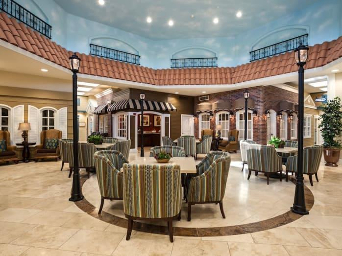Wonderful common hall at Pacifica Senior Living Spring Valley in Las Vegas, NV