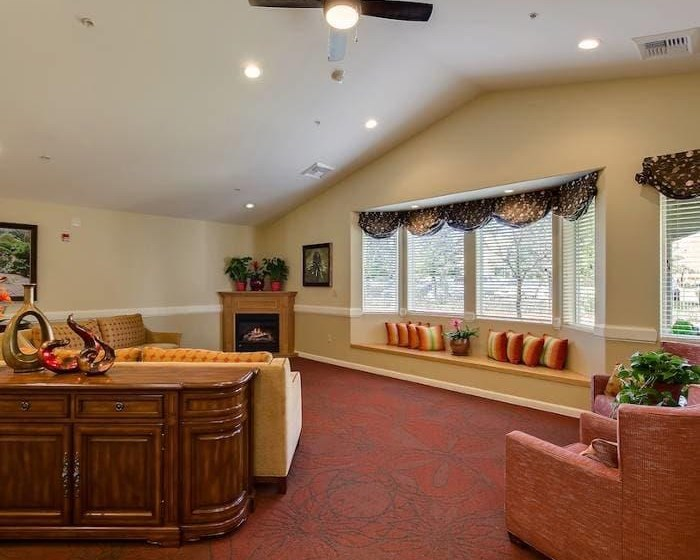 Well decorated living room at Pacifica Senior Living Vacaville in Vacaville, CA