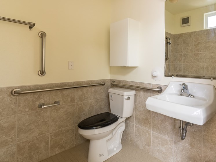 Clean Bathrooms with Handrails at Pacifica Senior Living Vancouver, WA