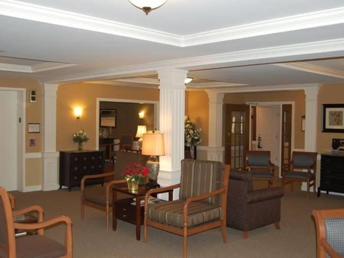 Resident lounge at Pacifica Senior Living Victoria Court