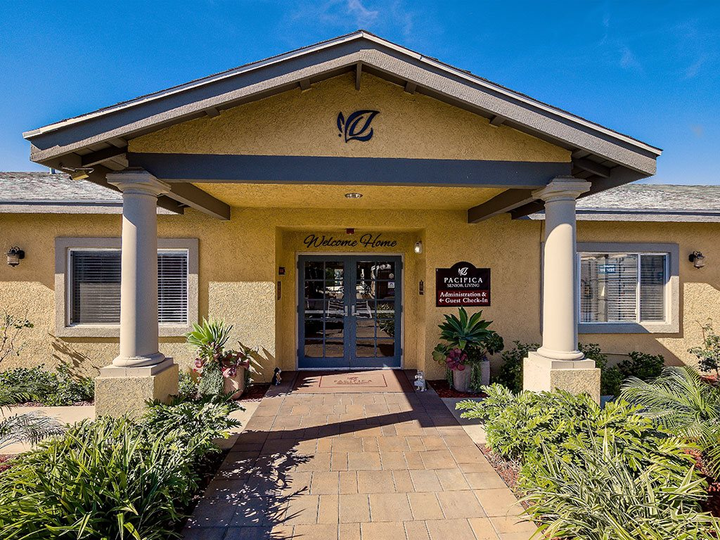 Entrance with Architectural Details Riverside, CA 92509