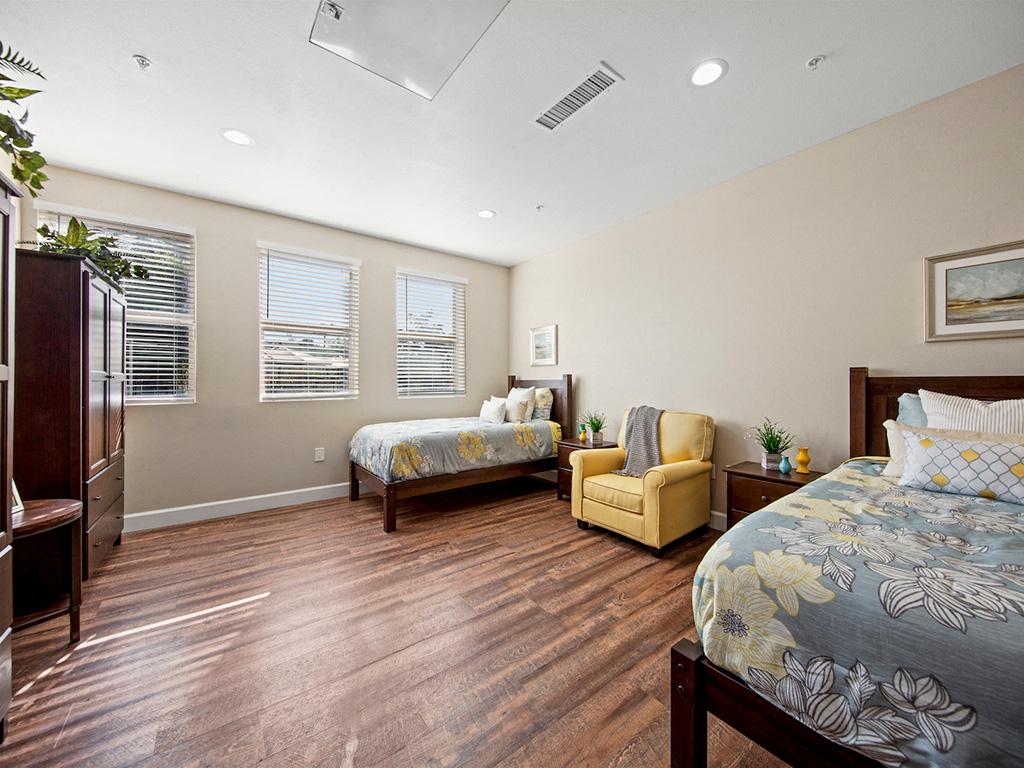 Large Comfortable Bedrooms at Pacifica Senior Living, Sakura Gardens of Los Angeles, Los Angeles, CA, 90033