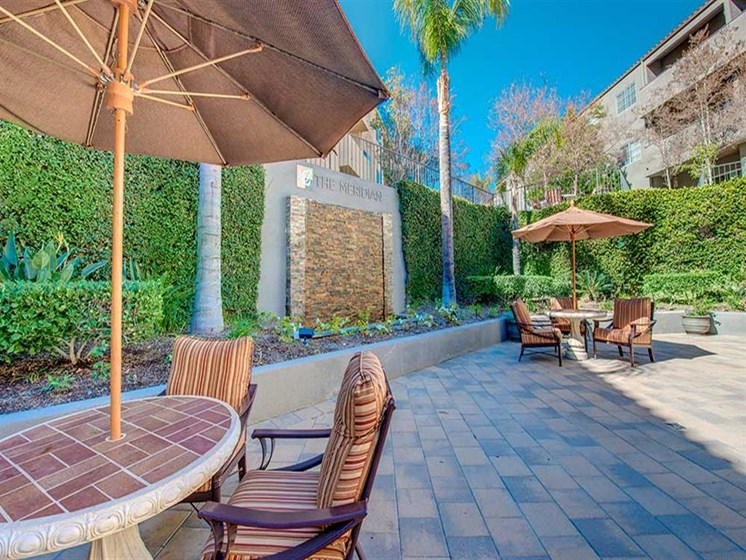 Relaxing Outdoor Lounge Area at Meridian at Anaheim Hills, California