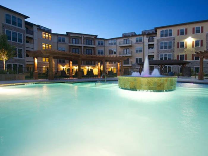 Swimming Pool and Fountain at Meridian at Kessler Park in Dallas, TX