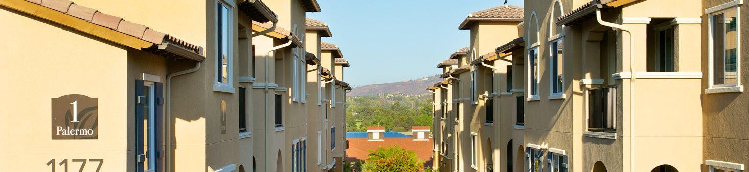 Senior Studios, 1, & 2-Bedroom Apartments | Meridian at Lake ...