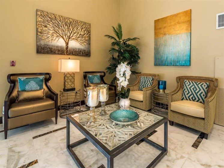 Modern Furniture at Meridian at Westwood, Ft. Walton Beach