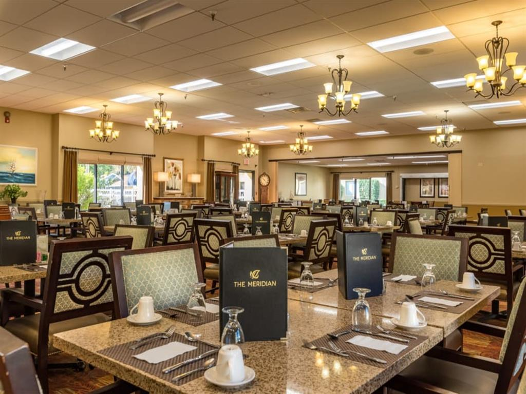 Restaurant Style Healthy Dining at Meridian at Westwood, Florida