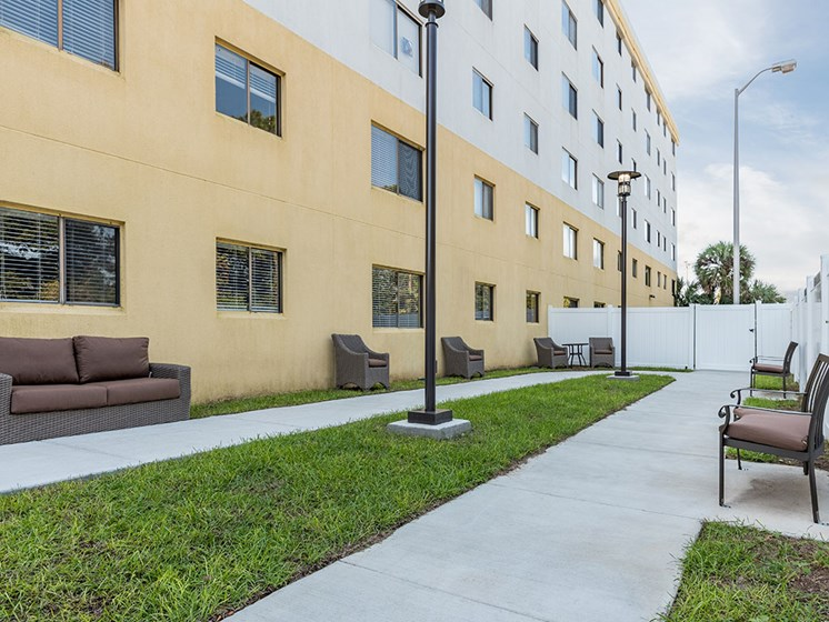 Courtyard Patio With Ample Sitting at Meridian at Westwood, Fort Walton Beach, FL