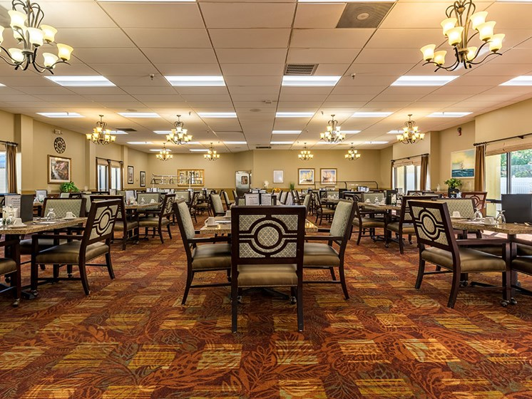 Restaurant-Style Dining at Meridian at Westwood, Florida
