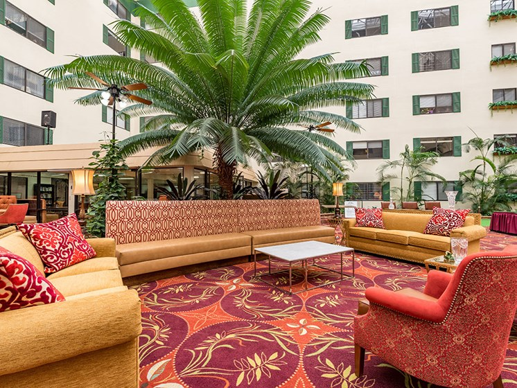 Resident Social Lounge at Meridian at Westwood, Florida