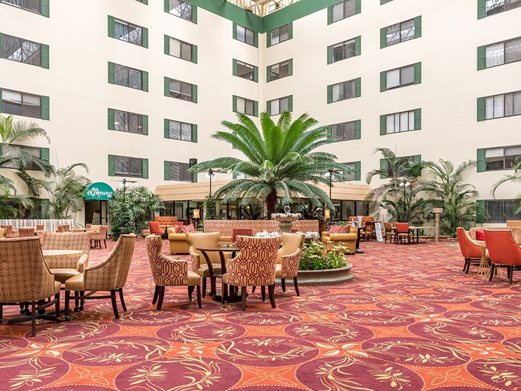 Relaxing Resident Lounge at Meridian at Westwood, Florida, 32547