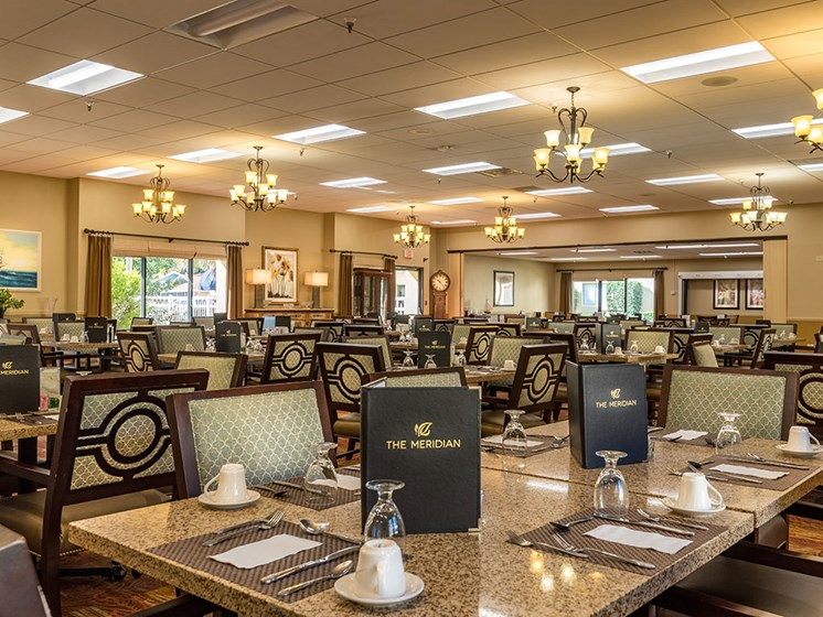 Restaurant-Style Dining at Meridian at Westwood, Fort Walton Beach, FL, 32547