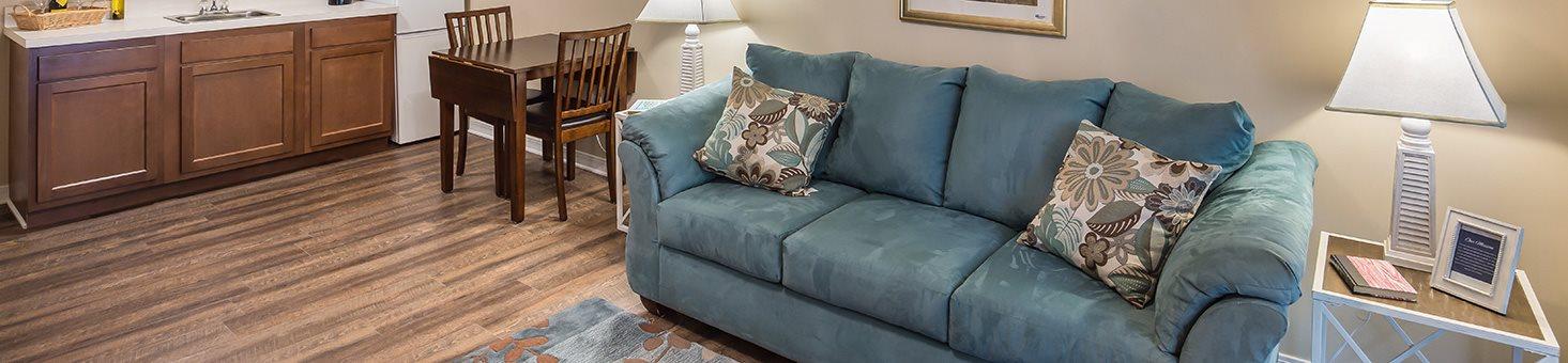 Comfortable Furniture at Wyndham Lakes, Jacksonville, Florida