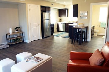 6287 Laneview Drive SE 1-2 Beds Apartment for Rent Photo Gallery 1