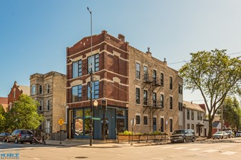 1659 W. 21St St. / 2109 S. Paulina St. 1-2 Beds Apartment for Rent Photo Gallery 1