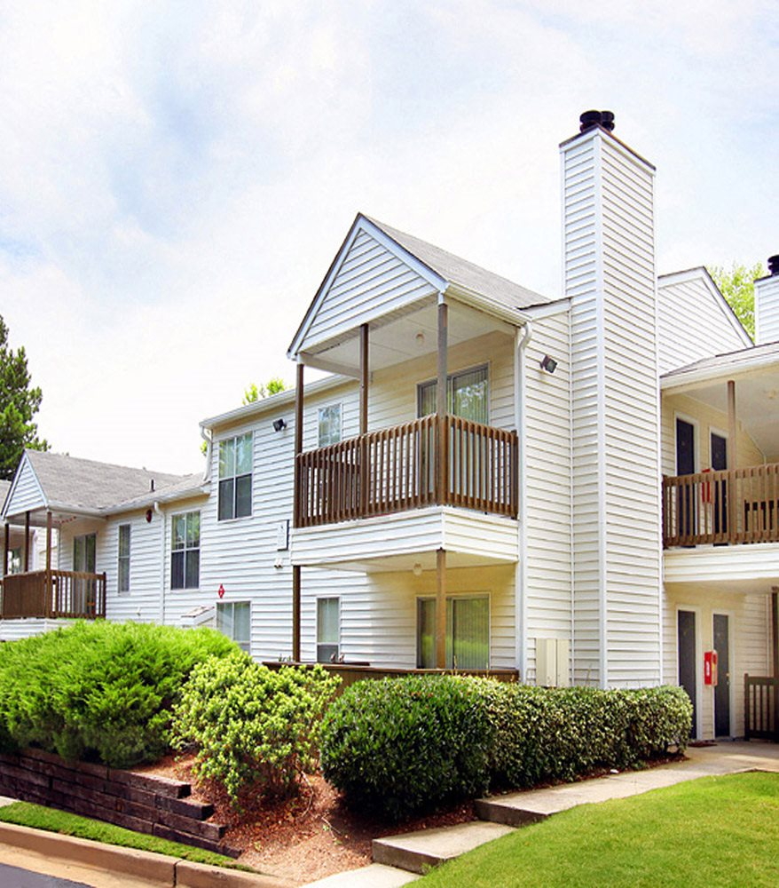 Apartments in Kennesaw, GA- Greenhouse Apartments