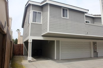 16651 Dolores Street 2-3 Beds Apartment for Rent Photo Gallery 1