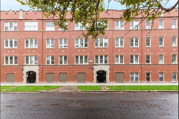Exterior | Apartments in South Shore, Chicago | Pangea Real Estate
