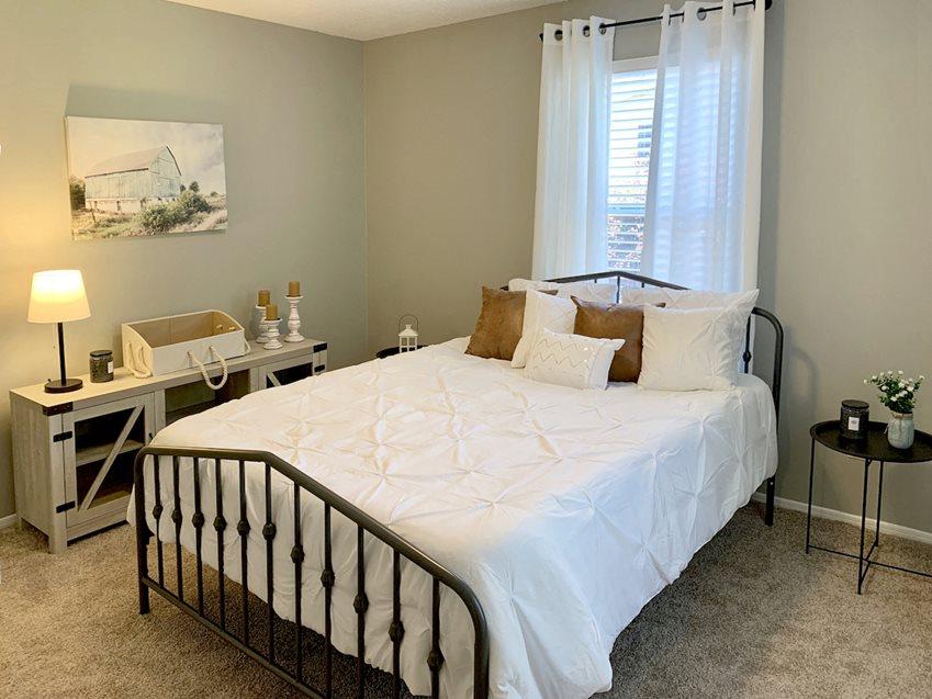 Photos of The Avery at Auburn Apartments in Auburn, AL