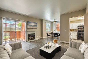 640 East Horizon Drive 1-2 Beds Apartment for Rent Photo Gallery 1