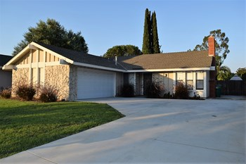 23982 Sprig Street 3 Beds House for Rent Photo Gallery 1